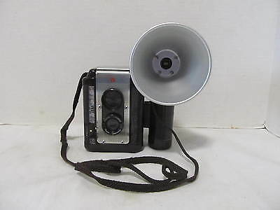 Vintage ARGUS 75 Lumar 75mm Lens Camera 1960's CLEAN! with flash Brown LQQK!