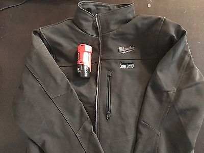 Milwaukee M12 Heated Jacket Black XL With Charger and Battery