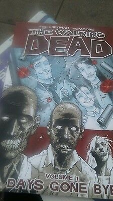 The Walking Dead Volume 1 - Days Gone Bye Graphic Novel