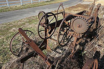 Antique Farm Equipment. HORSE DRAWN Road Grater. Yard Art. Works! Steam Punk.