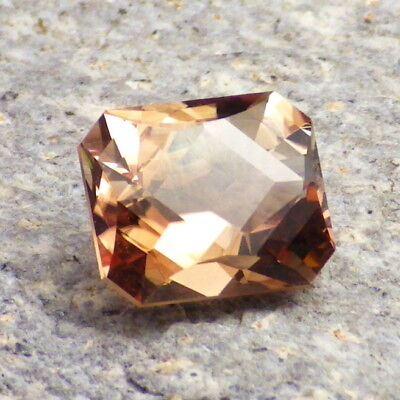 COPPER-PEACH SCHILLER OREGON SUNSTONE 4.14Ct FLAWLESS-PERFECT CUT-FOR TOP JEWELR