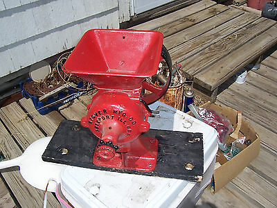 Stover Cast Iron Corn / Grain Grinder Hit Engine Old Flat Belt Drive Burr Mill