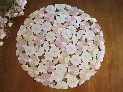 Last Piece! Beautiful Pink Daisy Flower Embroidery Cutwork Doily L