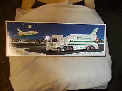 Nib 1999 Hess Toy Truck And Space Shuttle And Satellite