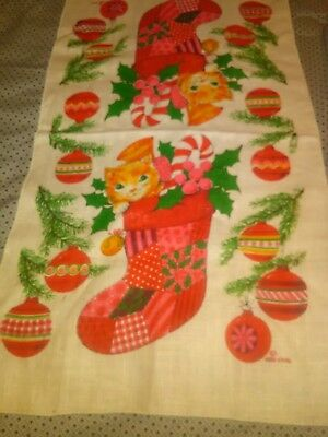 Vintage Linen KITCHEN TOWEL Christmas Towel with Kitten Adorable Dated 1976