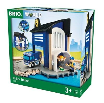 BRIO 6 Piece Police Station Building Set with Vehicle and Officers