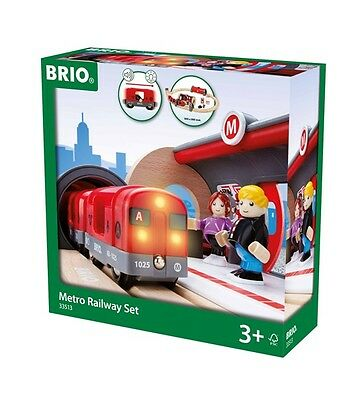 BRIO 20 Piece Metro Railway Set Wooden Train Track with Passengers and Tunnel