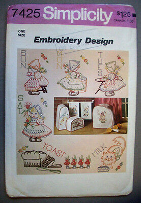 Days of Week Dutch girl kitchen embroidery pattern 7426 transfers