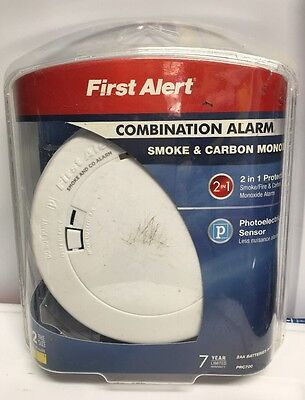 First Alert PRC700 Battery Operated Combination Carbon Monoxide and Smoke Alarm