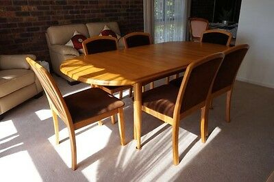 Parker Furniture Extendable Dining Table + 6 Chairs Set