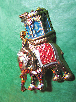 FESTIVAL ELEPHANT WITH HOWDAH GOLD METAL PIN GOP SUPPORTER ESTATE-SPAIN Lot#68