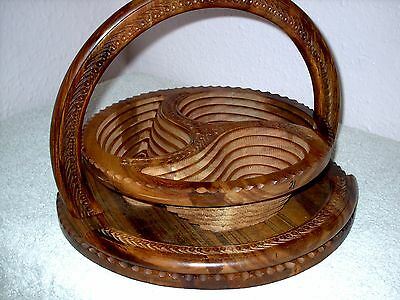 Collapseable wooden bowl made in italy