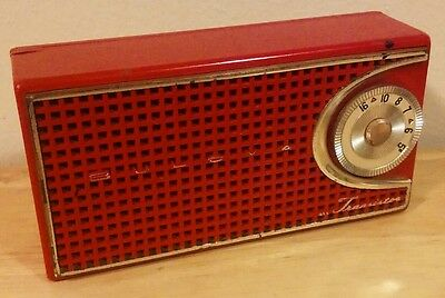 Bulova Red Transistor Radio Looks Good Plays Good!