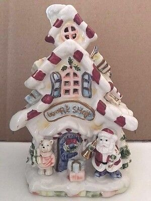 Santa's Ceramic Work Shop, Huge Detail, Free Shipping