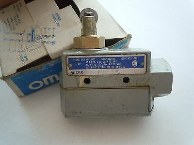 OMRON Snap Limit Micro Switch Model ZE-N22-2S in Box