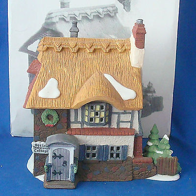 Dept 56 Betsy Trotwood's Cottage 5580-6 Dickens Village Heritage Collection
