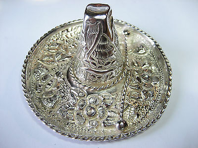 Vintage Mexican .900 / Sterling Silver Floral Sombrero Hat dish -- 3 1/2 in dia.