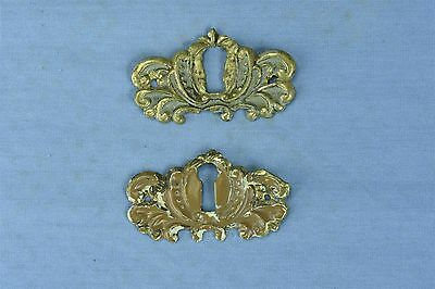 Antique SET 2 VICTORIAN PRESSED BRASS KEY HOLE COVER ESCUTCHEON HARDWARE #03777