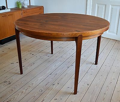 Danish Mid-Century Rosewood Dining Table from Heltborg Møbler.