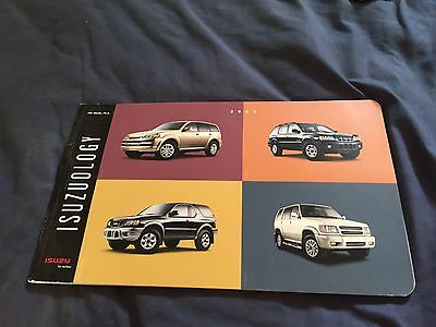 2002 Isuzu Axiom Rodeo Trooper SUV USA Color Brochure Catalog Prospekt