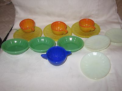 13 Pieces Child's Glass Akro Agate Cup Saucers Bowls Plates Orange Green Yellow