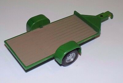 ERTL - JOHN DEERE Licensed Product: Plastic Toy Trailer