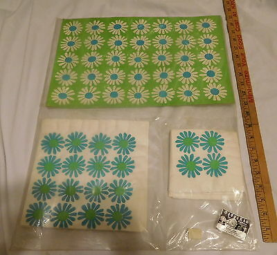 vintage Monogram of California Guest pack  Napkins and Placemats flowers sealed