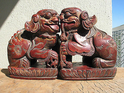 A1531 Pair of Antique Chinese Hand Carved Wood Foo Dog Guardian Lion Statues