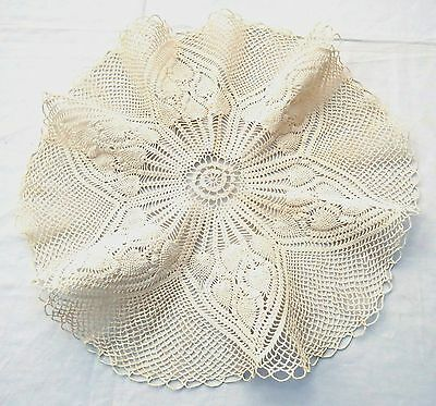 "Pineapple Design Ruffled Crochet Lace Doily in Beige Cotton 18"" Round"