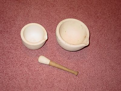 Pill Crush Bowl Lot of 2 plus crusher Apothecary Collectible England