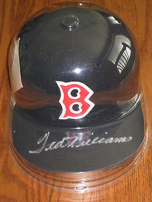 Ted William Autographed Boston Red Sox Hat in Protective Case PSA AUTHENTICATED