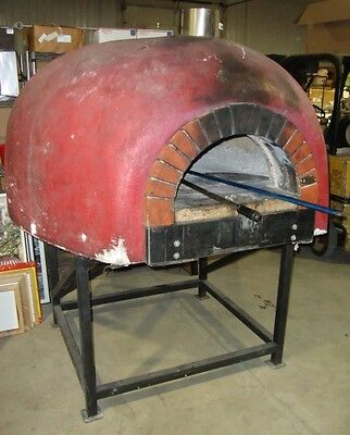Mugnaini 140 Commercial Wood Fired Pizza Oven