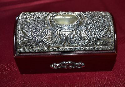"A Beautiful ""925"" Silver Lid And Mahogany Jewellery Box"