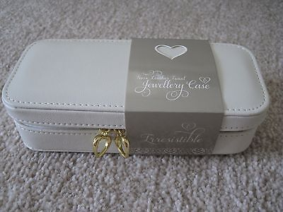 New Lakeland Jewellery travel case with mirror cream faux leather
