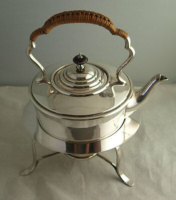 Fine Edwardian Solid Silver Spirit Kettle On Stand - 1,164g - Sheffield 1909.