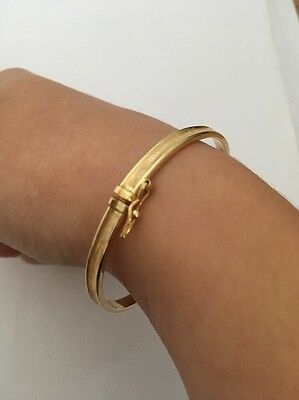 Italian Gold 9ct Bangle (4g) With Clasp