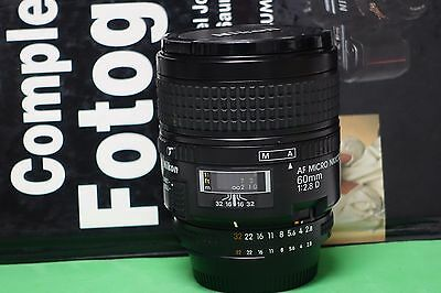 Nikon AF D 60mm 2.8  micro macro  D TOP condition