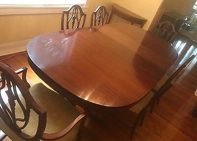 Antique Flame Mahogany Duncan Phyfe Dining Set, Table, 6 Chairs, 2 Leafs & Pads