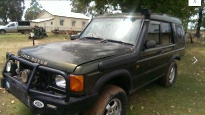 Wrecking 2 Landrover discovery 2 V8 and TD5