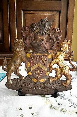 cast iron weIsh coat of arms