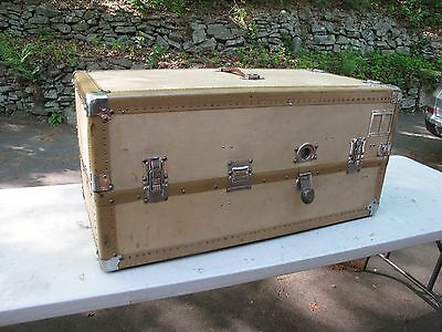 Steamer Trunk Wardrobe   Canvas/vellum Style