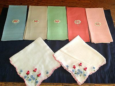 Lot Of 7 Vintage Woman's Hankerchiefs, Embroidered, Matching, Floral