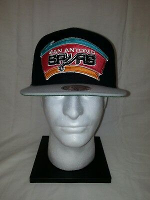 competitive price a51b1 086af NBA San Antonio Spurs Mitchell   Ness Classic Adjustable Snapback Cap Hat