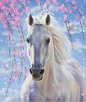 White Horse. 14CT Counted Cross Stitch Kit. Craft Brand New.