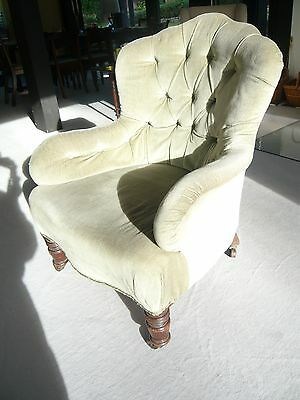Light green Button back easy chair