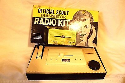 VINTAGE AURORA OFFICIAL CUB SCOUT TRANSISTOR RADIO KIT in ORIGINAL BOX #1811