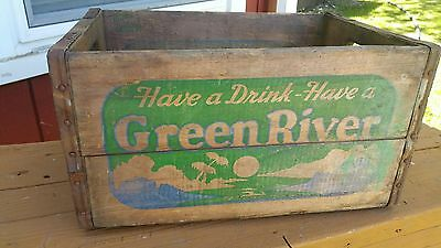 Vintage Green River Soda Wood Crate- Great Color