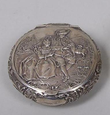 ANTIQUE Continental silver repousse .925 silver box, hallmarked 97 Gr