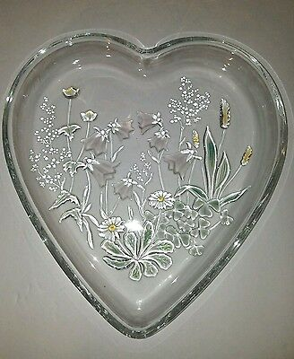 Mikasa Crystal HeartShaped Dish with Iridescent Accents