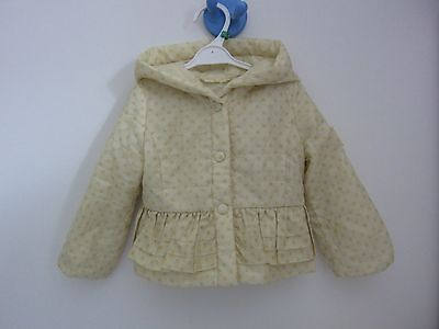 veste monnalisa 12 mois ( 2 ans possible) excellent!